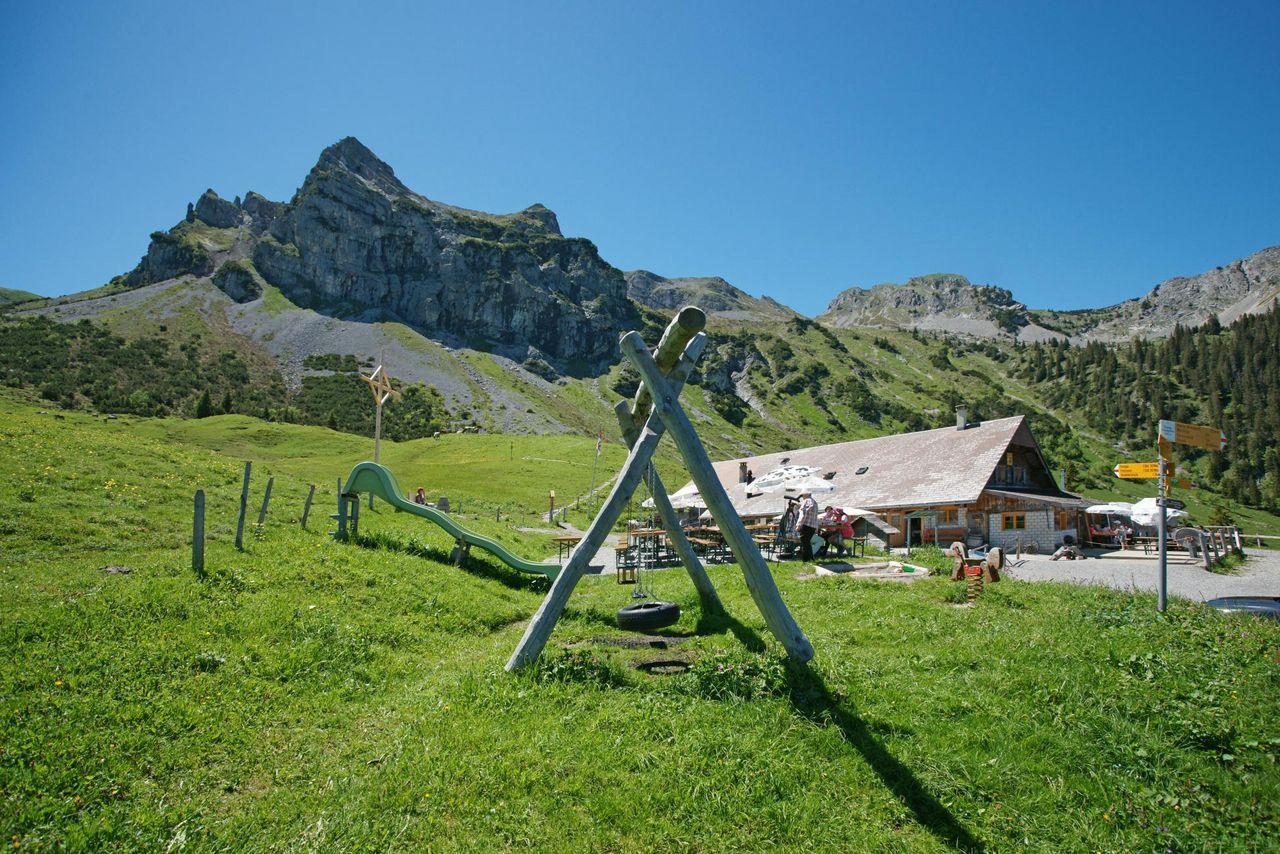3-day alpine refuge experience