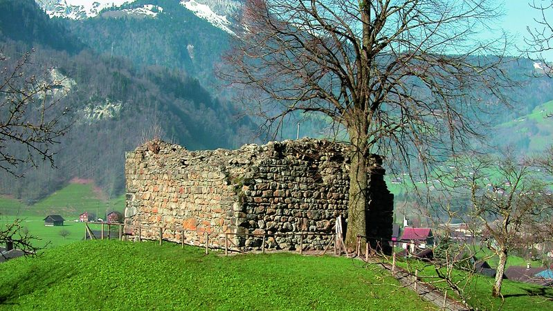 Rudenz Castle ruins, Giswil